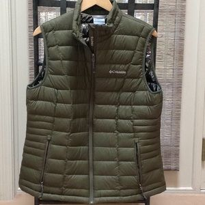 Columbia Army Green Vest